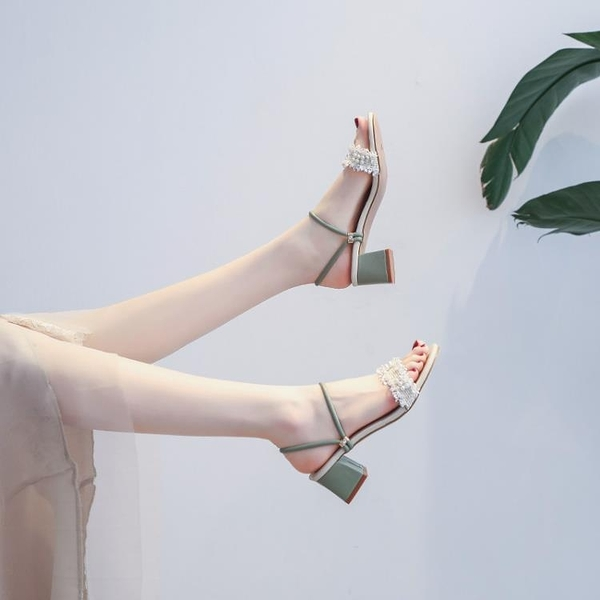 年夏季中跟粗跟晚晚仙女風配裙子的兩穿涼鞋高跟ins