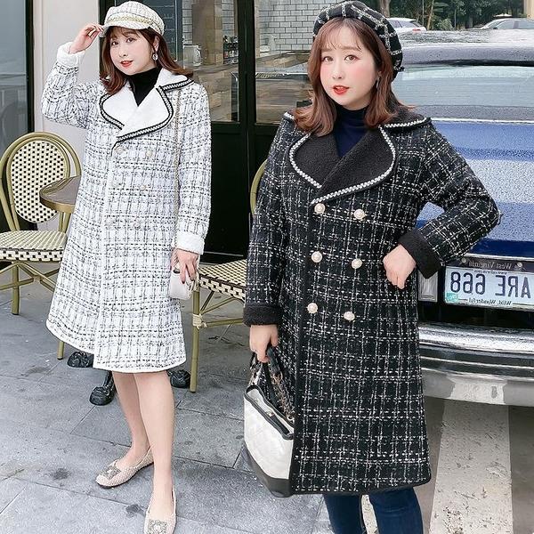 (現貨+預購 FUWAFUWA)-加大尺碼花呢羊羔絨保暖長大衣外套-