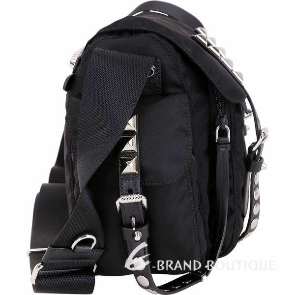 PRADA 鉚釘尼龍肩背斜背包(黑色) 1840498-01
