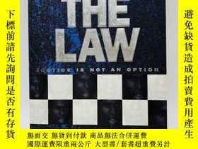 二手書博民逛書店Above罕見the Law: Justice is not a