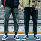 休閒褲 立體側邊大口袋美式寬版工作褲【A...