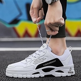 運動休閒鞋男子跑步潮鞋百搭增高板鞋透氣【愛物及屋】