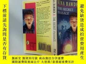 二手書博民逛書店The罕見Secret Passage:秘密通道Y200392