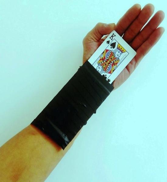新款魔術撲克道具戰神錦衣衛袖口感應變牌換牌袖劍換牌器魔術變牌 星河光年DF