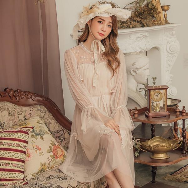 洋裝 立體花朵網紗綁帶長袖洋裝-Ruby s 露比午茶