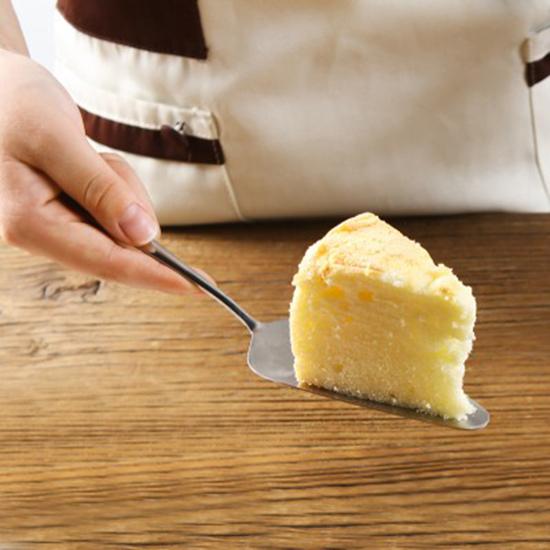 ✭米菈生活館✭【P561】不銹鋼蛋糕鏟 披薩鏟刀 烘焙工具  202不銹鋼  烘焙刀具 料理 小工具