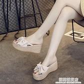 涼拖鞋女夏外穿ins潮涼鞋2021新款時尚鬆糕厚底增高跟厚底楔形人字拖 極簡雜貨