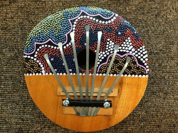 【金聲樂器廣場】 全新 印度進口 手工製造 約14cm 彩繪 拇指琴 / 姆指琴 / 母指琴