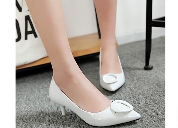 性感漆皮尖头细跟白色高跟单鞋:xuel00334