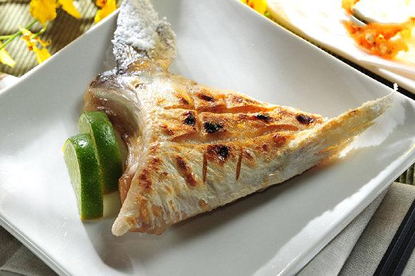 ㊣盅龐水產 ◇青甘下巴◇日本製 鰤魚下巴 160G±10%/片 零$225/片  歡迎團購 批發 燒烤 聚會 夯肉