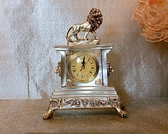 創意獅子時鐘