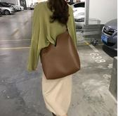黑五好物節 新款韓國簡約v型pu皮可調節單肩斜挎大水桶子母包女包 東京衣櫃