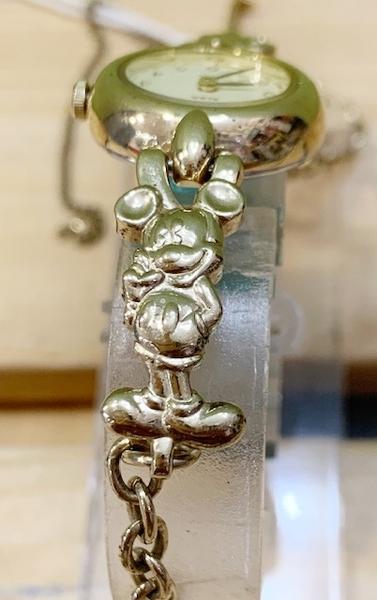 【震撼精品百貨】米奇/米妮_Micky Mouse~日本迪士尼米奇限量鐵錶/手錶-圓金#52078