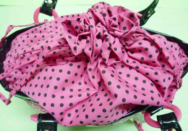 【震撼精品百貨】Hello Kitty 凱蒂貓~籐編籃手提袋『黑邊桃粉愛心』