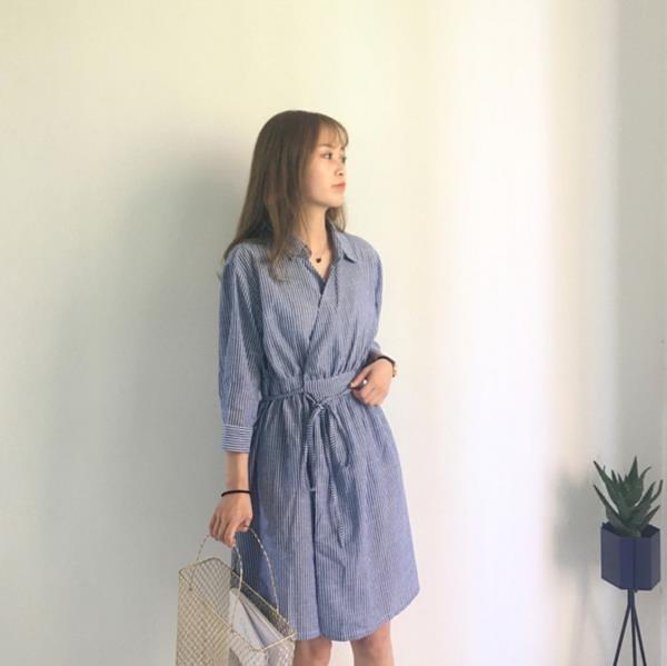 [超豐國際]夏季女裝百搭寬松顯瘦休閑裙子女七分袖中長裙條紋襯1入