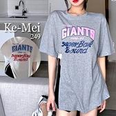 克妹Ke-Mei【AT69342】GIANTS韓妞年輕感字母開叉蝙蝠袖造型上衣