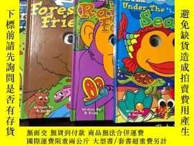 二手書博民逛書店HIDE罕見AND SEEK With Forest Friends、In The Rain Forest、Und