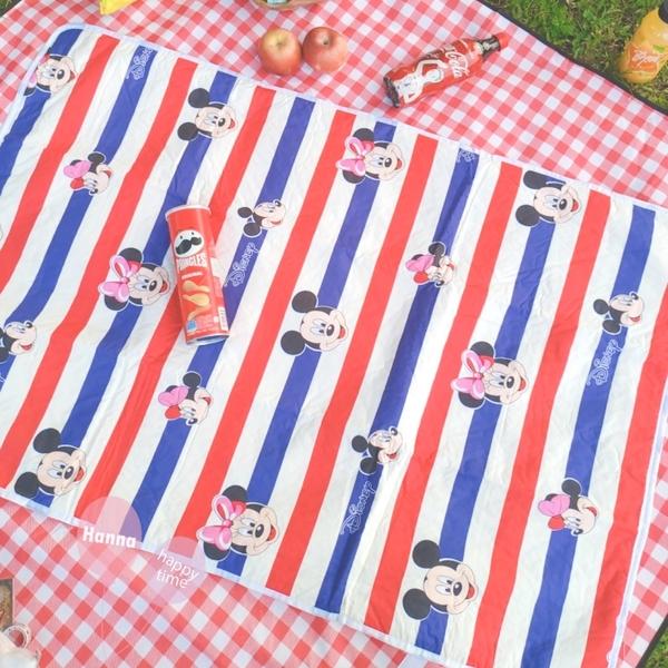 《花花創意会社》外流。棉質可愛米奇蝴蝶結通用防水墊保潔墊大號野餐兒童成人必備【H7163】
