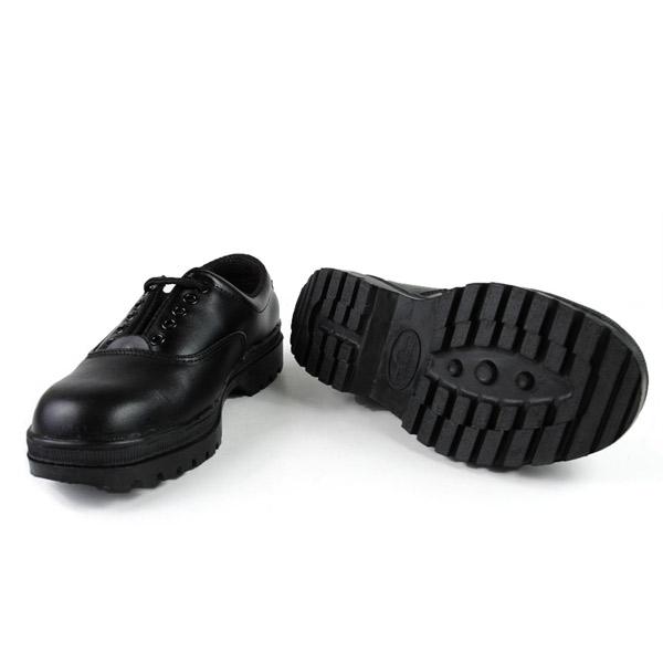 【醫碩科技】牛頭牌 短筒安全鞋 工作鞋 耐壓鋼頭 耐油/防滑/防電 男女皆可 Y-1001