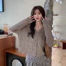VK精品服飾 韓國風復古麻花寬鬆百搭短款針織毛衣單品外套