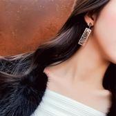 耳環 長款字母鈦鋼耳環冷淡風耳釘韓國氣質個性百搭簡約耳墜 巴黎春天
