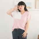《AB11016》台灣製造.V領寬鬆配色拼接短袖上衣T恤--適 XL~6L OrangeBear
