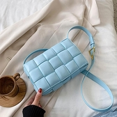 爆款小包包2021新款潮夏百搭編織包洋氣側背斜背包女高級感腋下包 伊蘿