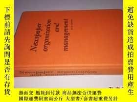 二手書博民逛書店Newspaper罕見organization and mana
