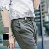 男 窄版/休閒褲/窄管褲 L AME CHIC 個性鉚釘極簡素面微彈窄管滿版休閒褲【EBSP050401】