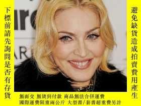 二手書博民逛書店Madonna:罕見Fighting for Self-Expr