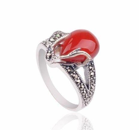 銀戒指鑲瑪瑙愛心