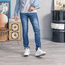 百搭修身造型湛藍牛仔褲...