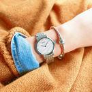 SEIKO 精工★贈皮錶帶 / 7N00-0BL0S.SFQ807P1 / 蔚藍海洋施華洛世奇珍珠母貝不鏽鋼手錶 白藍色 29mm