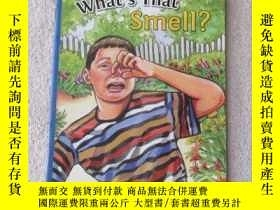 二手書博民逛書店What s罕見That Smell?(附光盤)Y21478 A