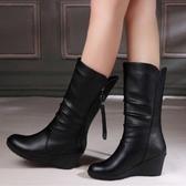 中筒靴 冬冬新款真皮高跟坡跟中筒靴流蘇靴女靴子 萬客居