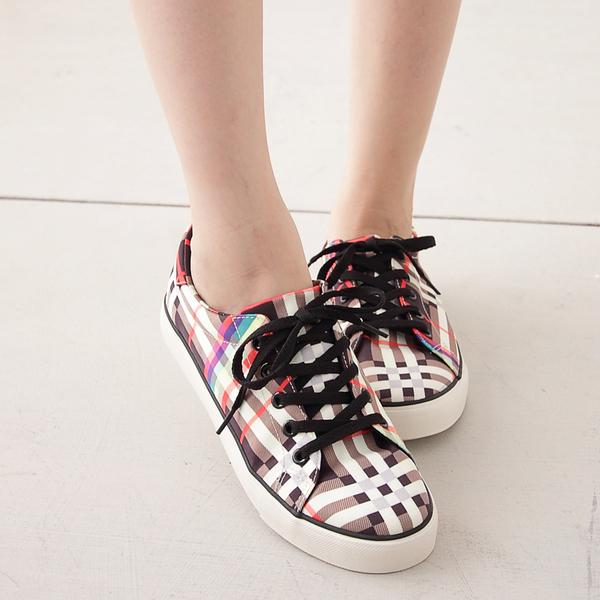 休閒鞋.英倫風格紋布面綁帶平底鞋