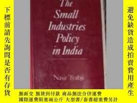 二手書博民逛書店英文原版罕見Small Industries Policy in