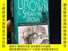 二手書博民逛書店Rita罕見mae Brown Sneaky pie Brown