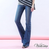 Victoria 中高腰弧形剪接燙鑽靴型褲-女