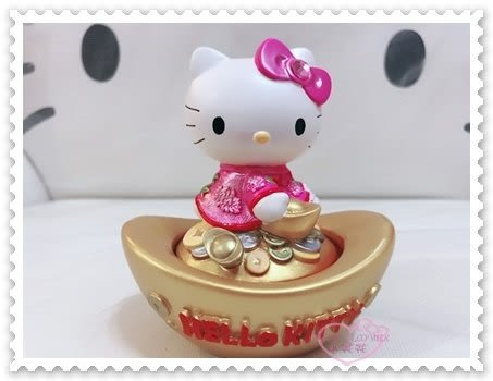 ♥小花花日本精品♥ Hello Kitty 聚寶盆 招財進寶 金元寶 粉色蝴蝶結 坐姿 側坐 開運必備 印泥