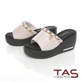 TAS金屬飾鍊牛皮楔型拖鞋-夏日米