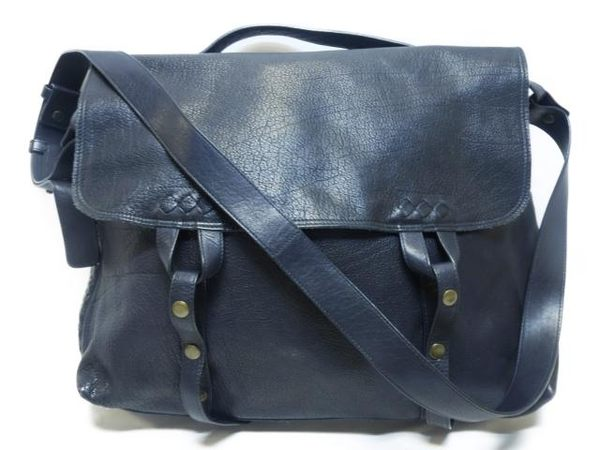 BOTTEGA VENETA 深藍色羊皮斜背包 Shoulderbag 【BRAND OFF】
