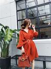 VK精品服飾 韓國風金屬扣裝飾收腰短袖洋...