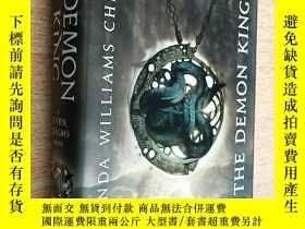 二手書博民逛書店The罕見Demon King (A Seven Realms