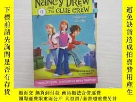 二手書博民逛書店nancy罕見drew and the clue crew【45