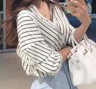 EASON SHOP(GU0164)春夏新款百搭五分袖長袖寬鬆豎條紋V領條紋白襯衫女蝙蝠袖韓范上衣潮