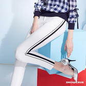 【SHOWCASE】休閒雙織帶運動風棉質彈性貼腿長褲(白)