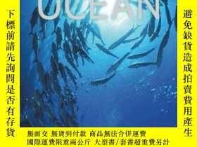 二手書博民逛書店Spirit罕見of the Ocean: Discover t