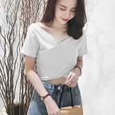 短袖T恤女夏裝V領短款高腰丅恤韓版潮學生露臍交叉緊身體桖上衣服 快速出貨