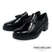 Tino Bellini 義大利進口臘感皮革雕花小流蘇樂福鞋 _ 黑 TF8503 歐洲進口款